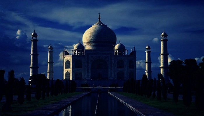 Name:  Visit-Taj-Mahal-by-Moonlight-ReadyClickAndGo.jpg